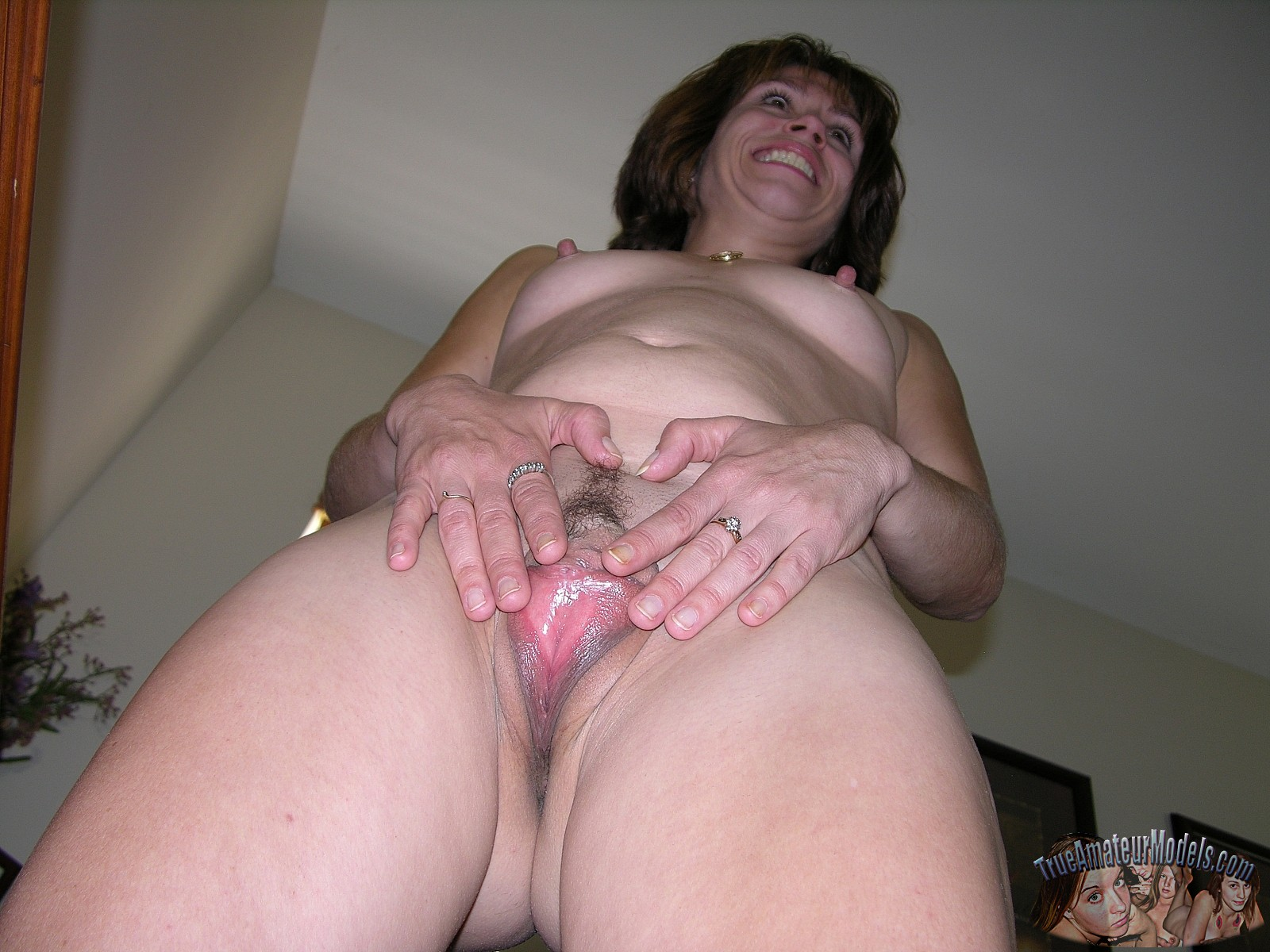 Naughty asian girl bent over