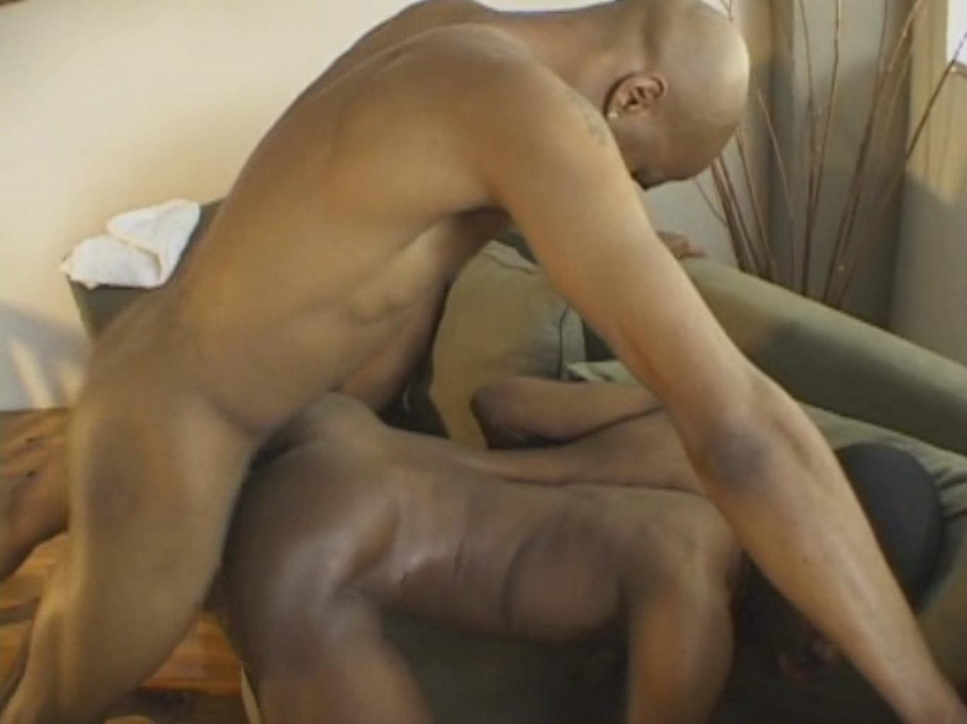 гей порно под одеялом