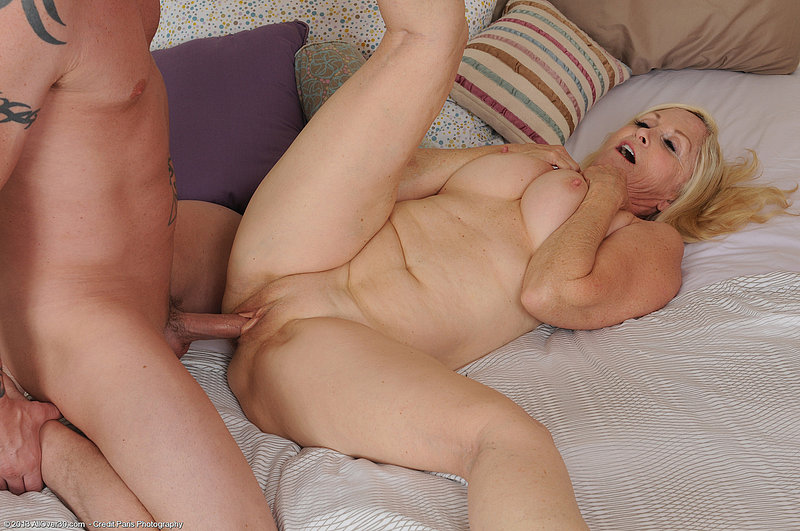 mom and son nude naked  mom boy fuck en.pic4.xyz