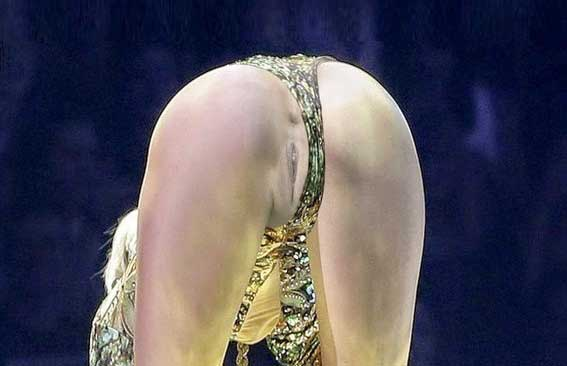 Opinion, interesting No panties on stage apologise