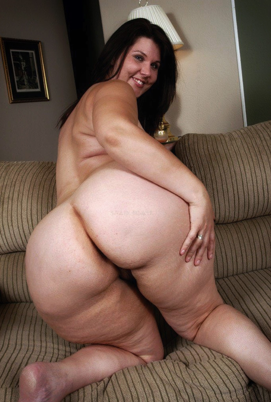 mums Hot ass nude with big