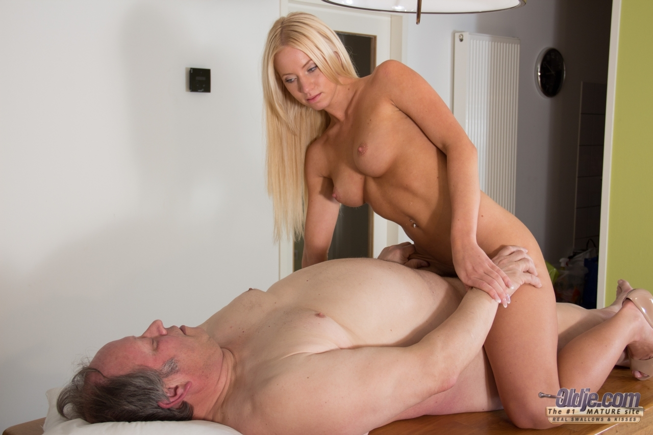 Blonde woman fucks fat guy in office building bathroom 7