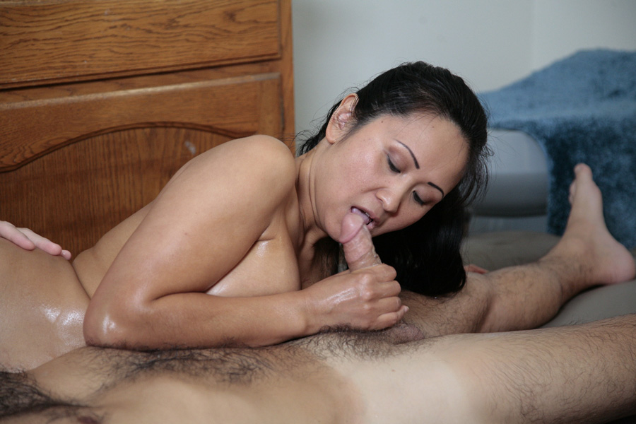 Massage Room Lesbian Asian
