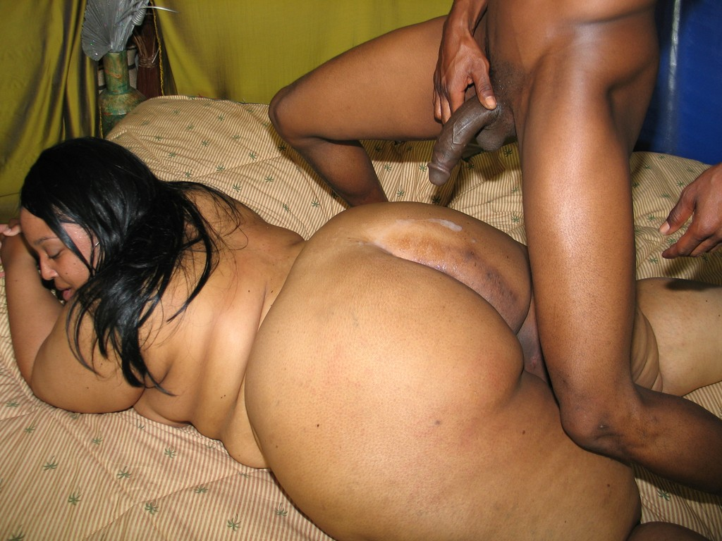 Ebony Bbw Throw Ass Back