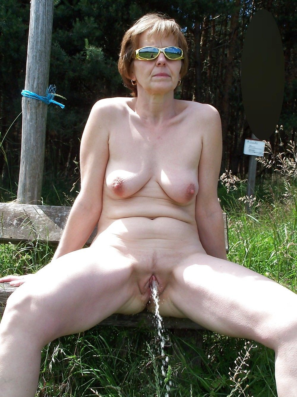 sluts domination nude female Pissing