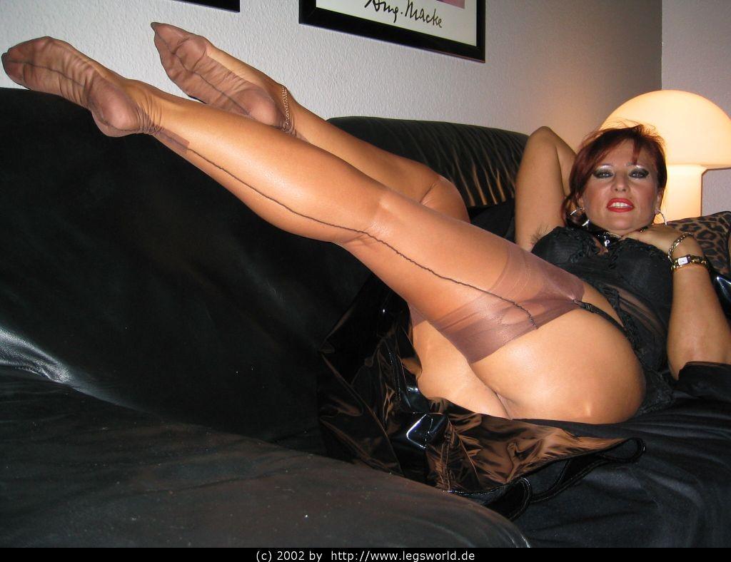 Big titty milf lesbo on