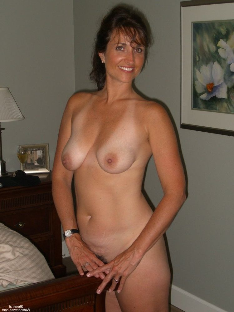 Showing Porn Images for Amateur mature small tits mom porn ...