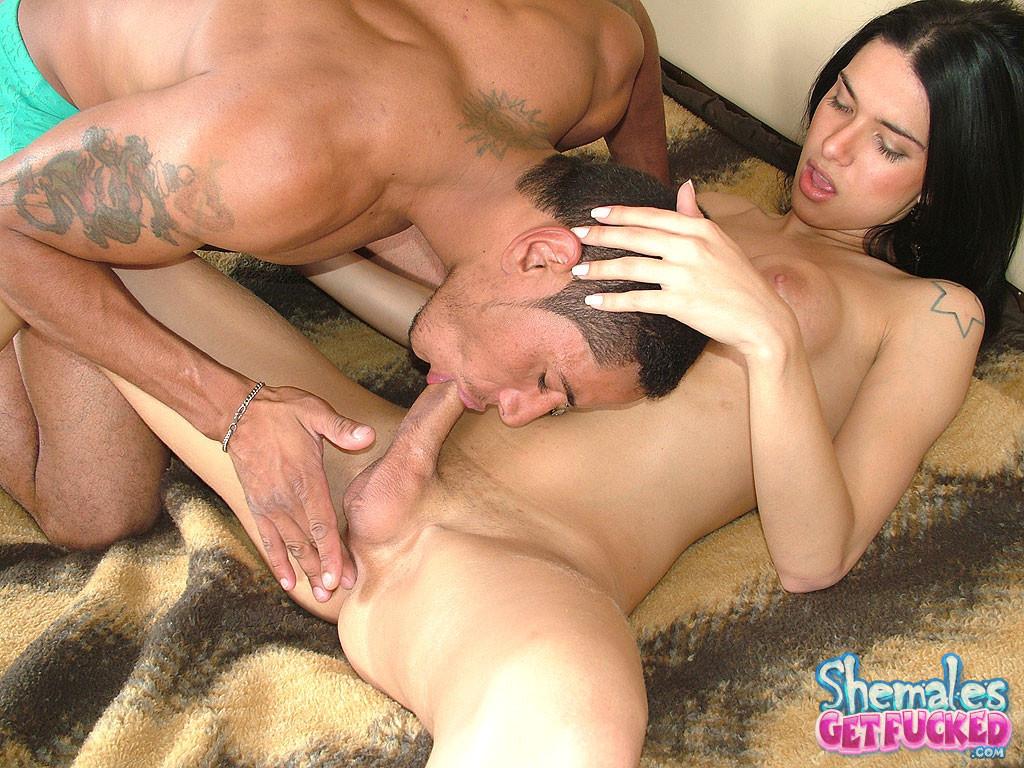 Latina Sucking Big Black Cock