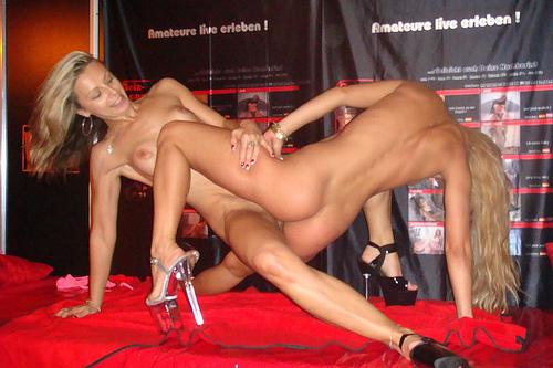 Show sex