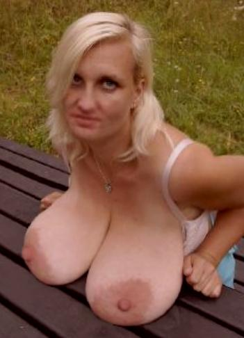Old hanging tits