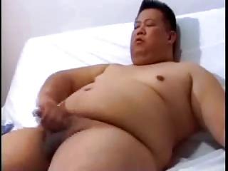 Girl ducking on guys dick