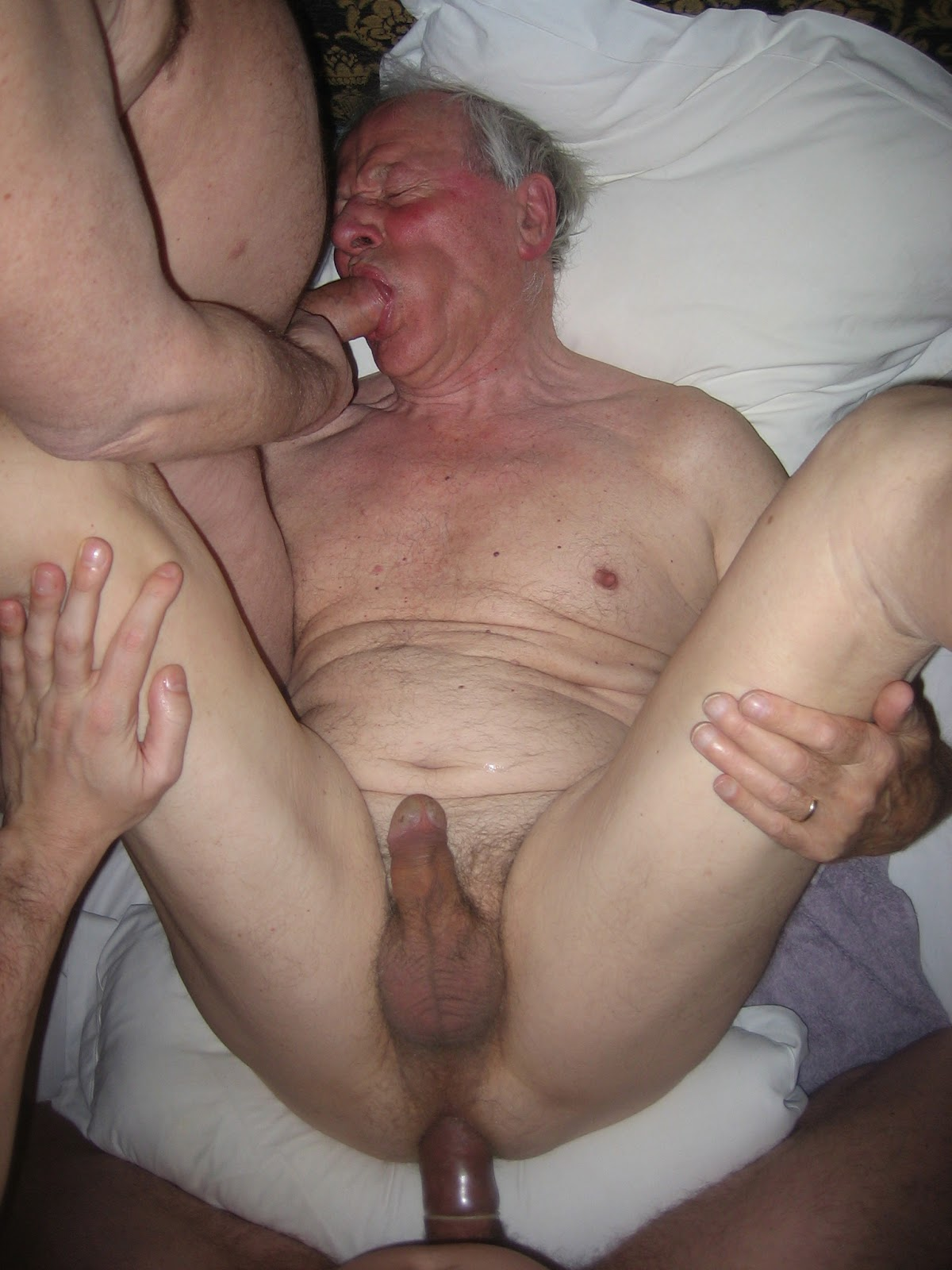 mature gay man sucks handjob young