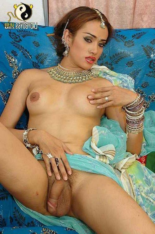 nude babes open legs