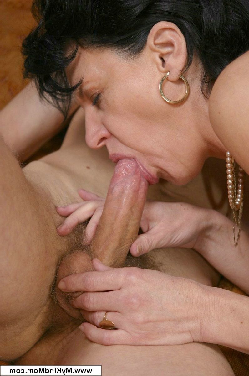 mom suck son s cock