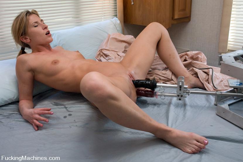 Секс видео с машинка