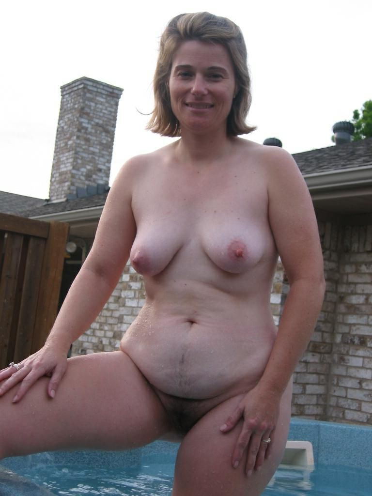 fat naked senior women