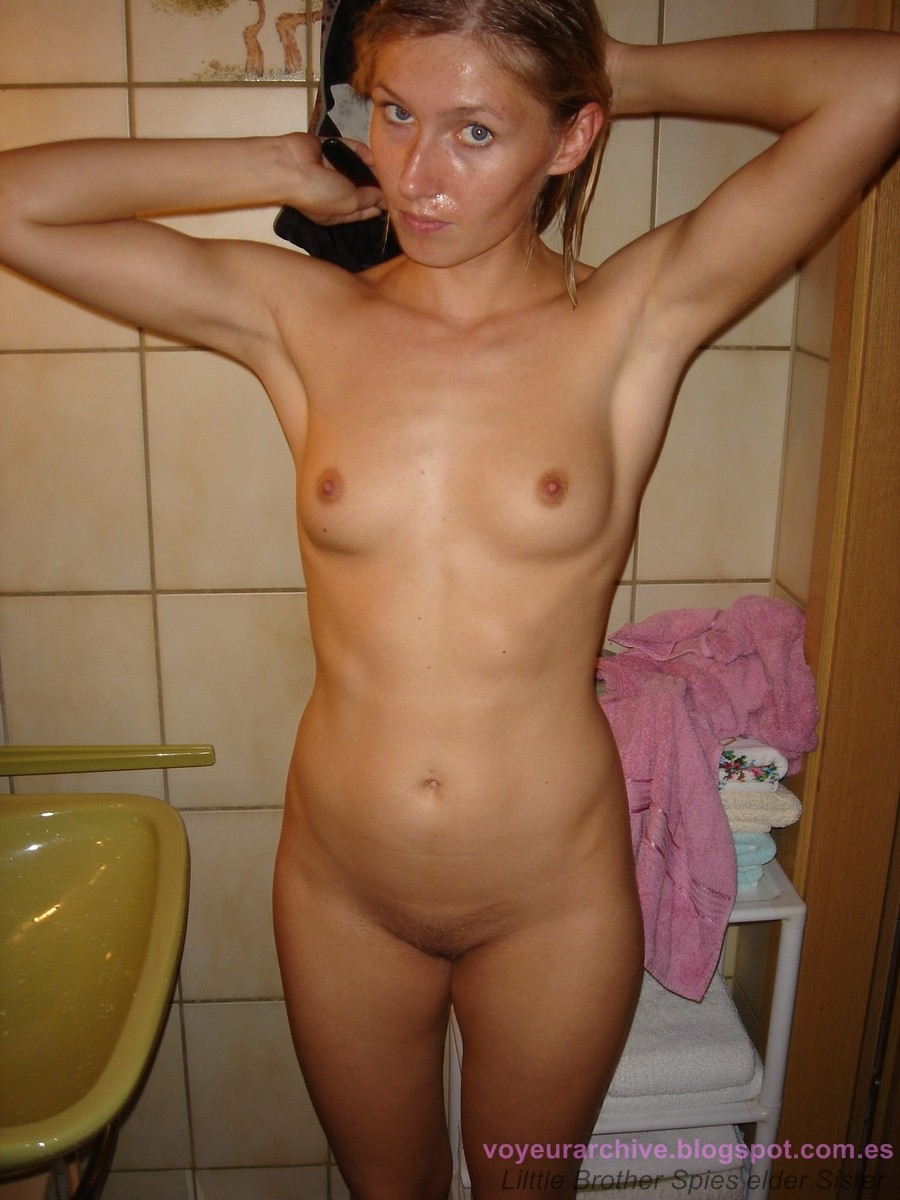 husband photograph wife nude