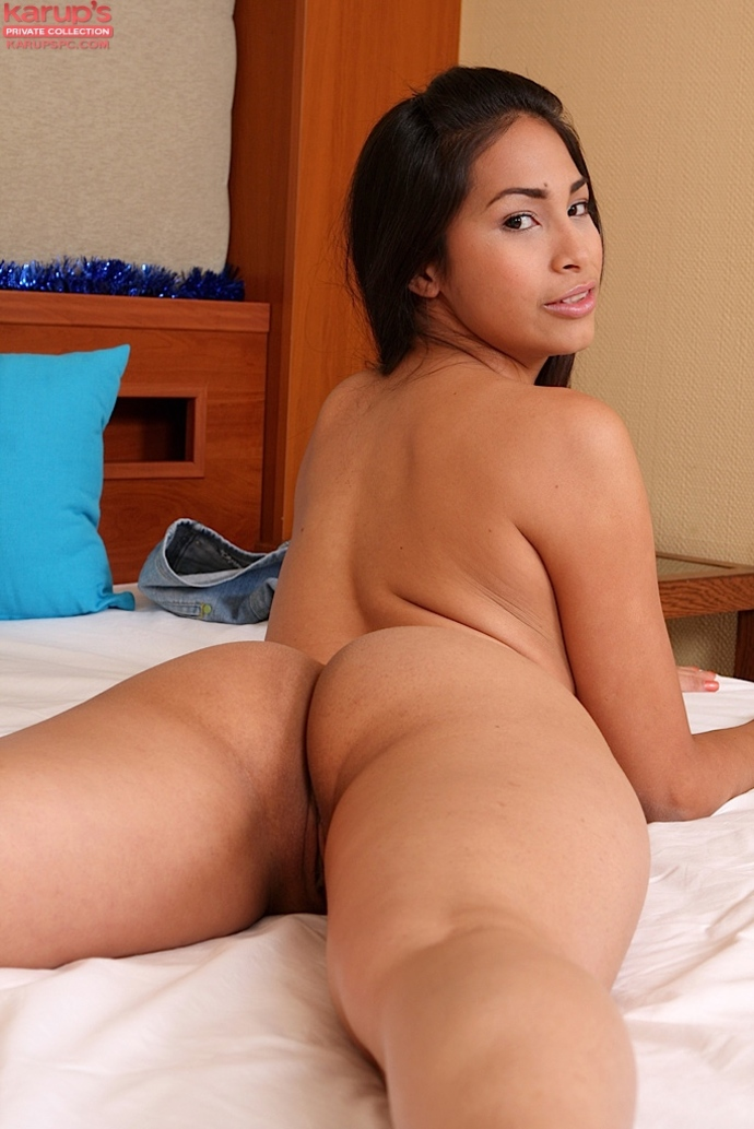 Young hot naked mexican women important