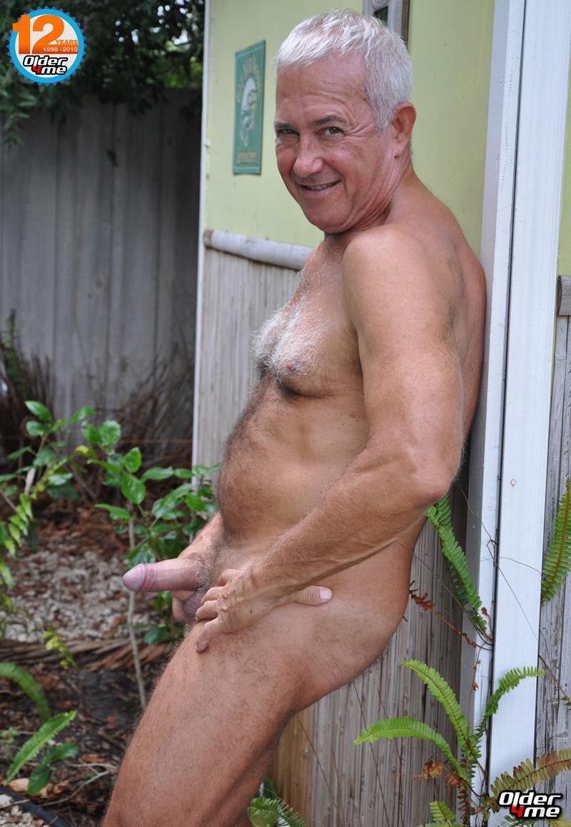 naked gay old men pics