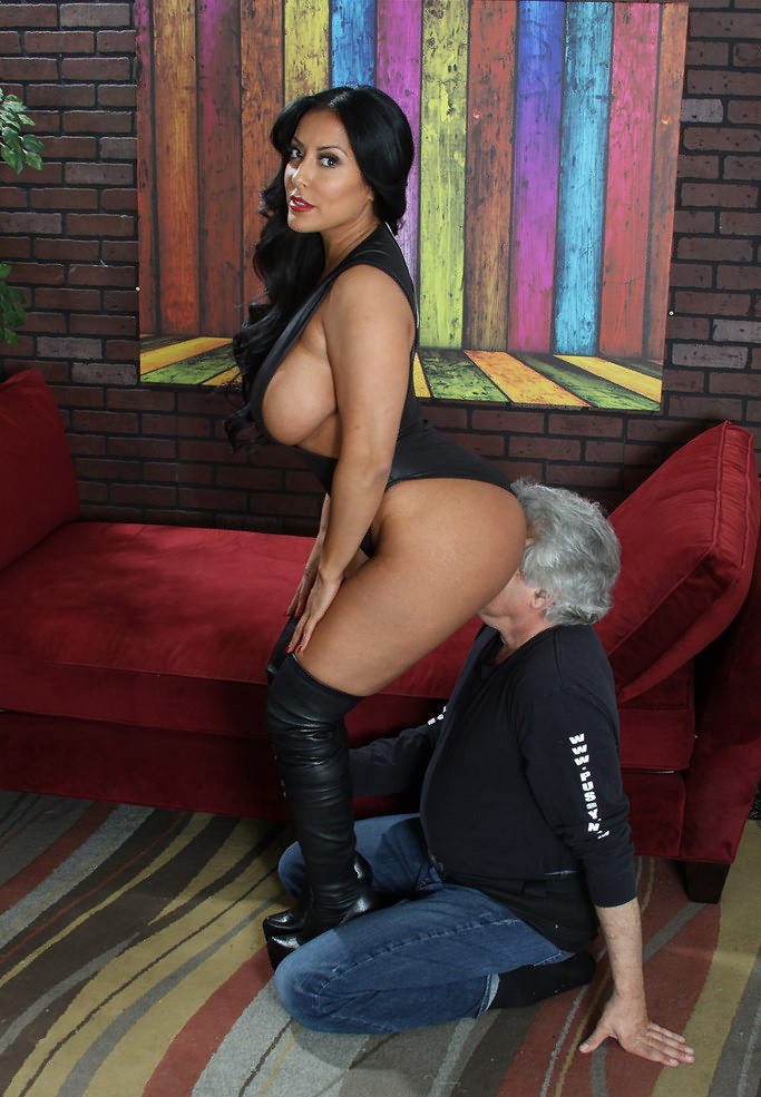 Ass eating slave in bondage with kelsey obsession - 2 part 7