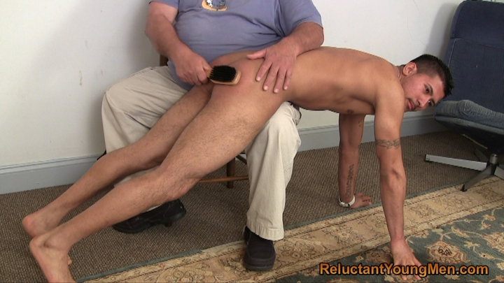 Gay male belt spankings timmy gets taught a 1