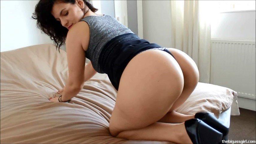 Latina blowjob pov