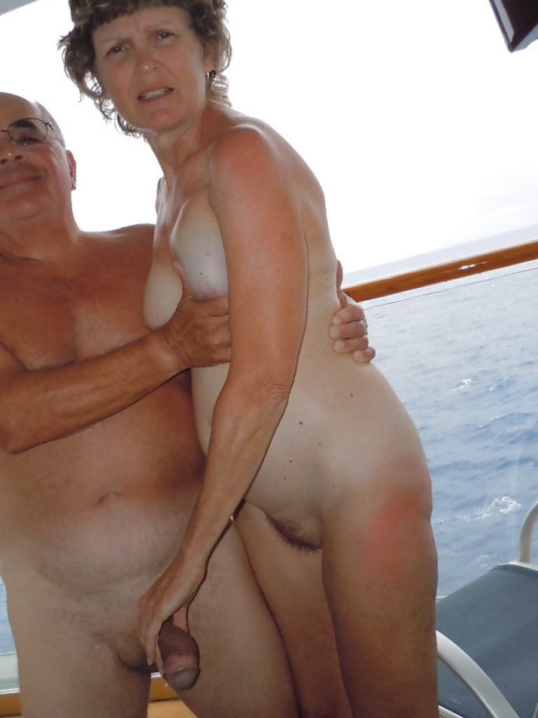 Mature nudist sex pictures