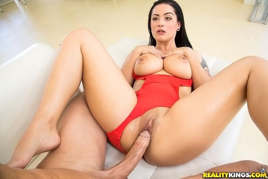 Stephanie seymour pussy