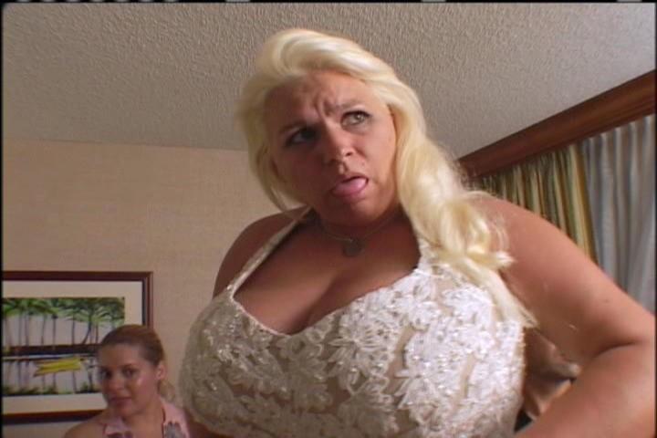Topless Beth Chapman Nude Picks Pic