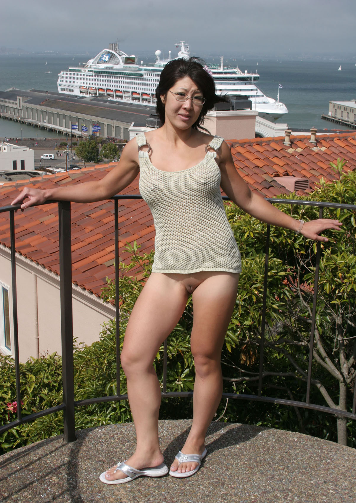 Asian Public nudity liyong2017.jpg in gallery Asian nude in public (Picture 5 …