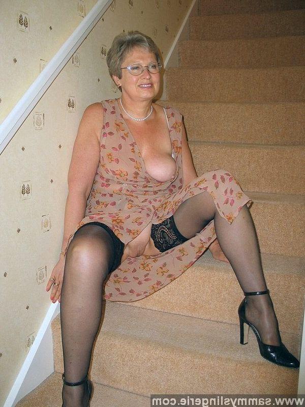 mature tease Amateur panty