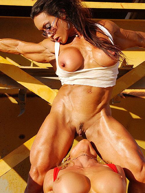 Bodybuilding lesbian porn