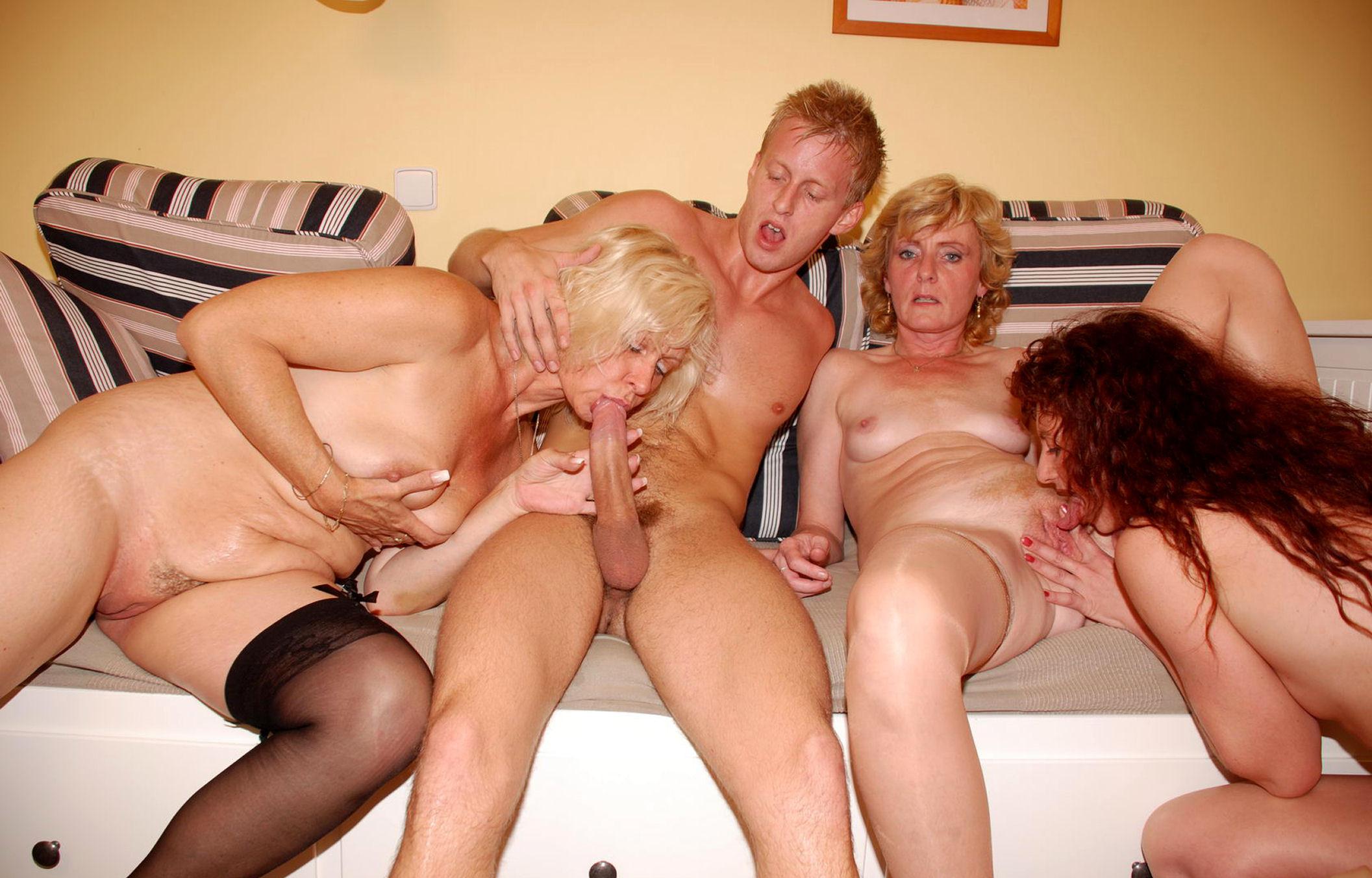 Семейный секс в семьях