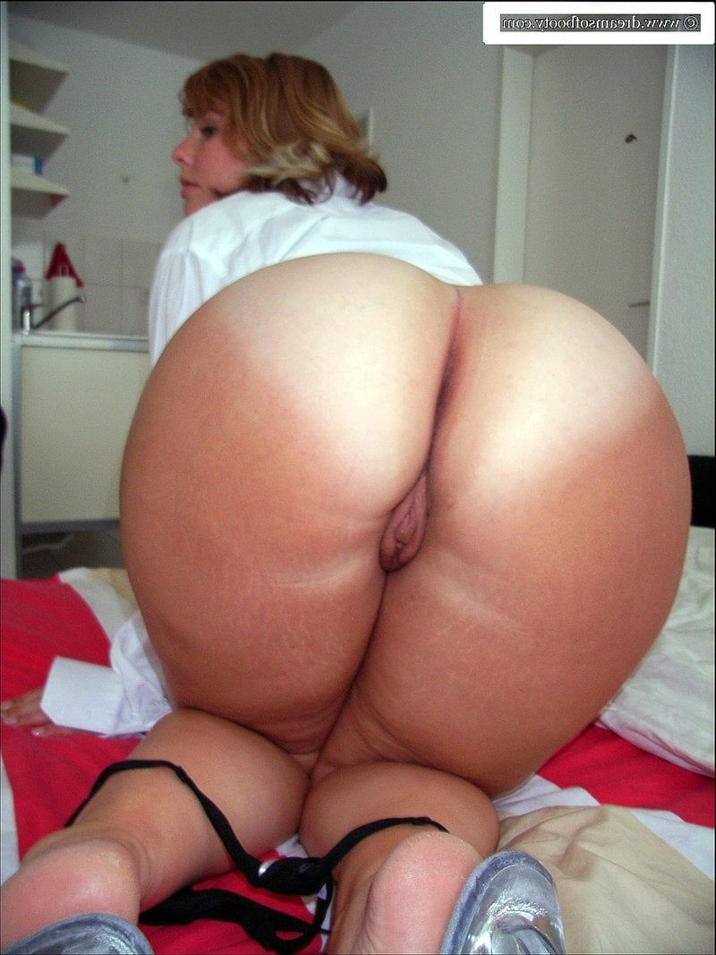 pic old woman porn ass