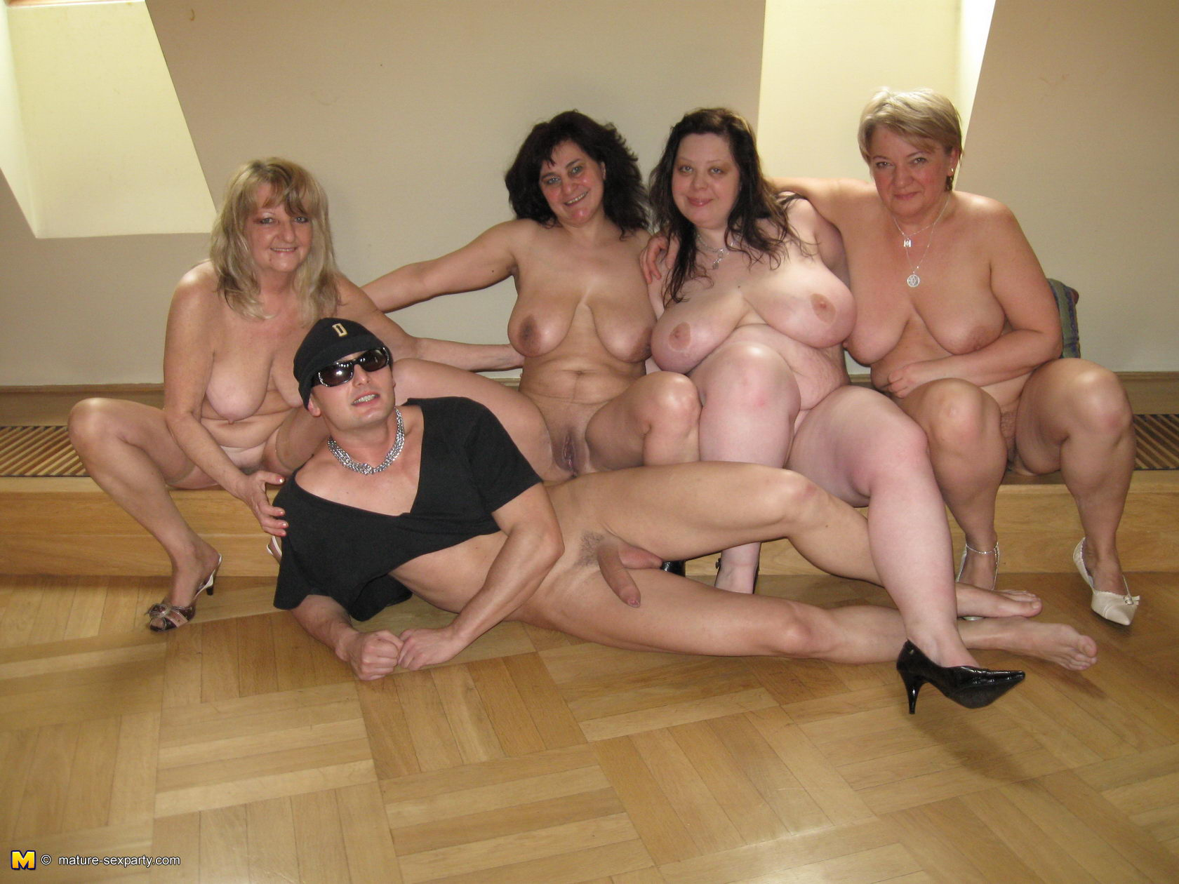 Bbw Mature Swinger Party