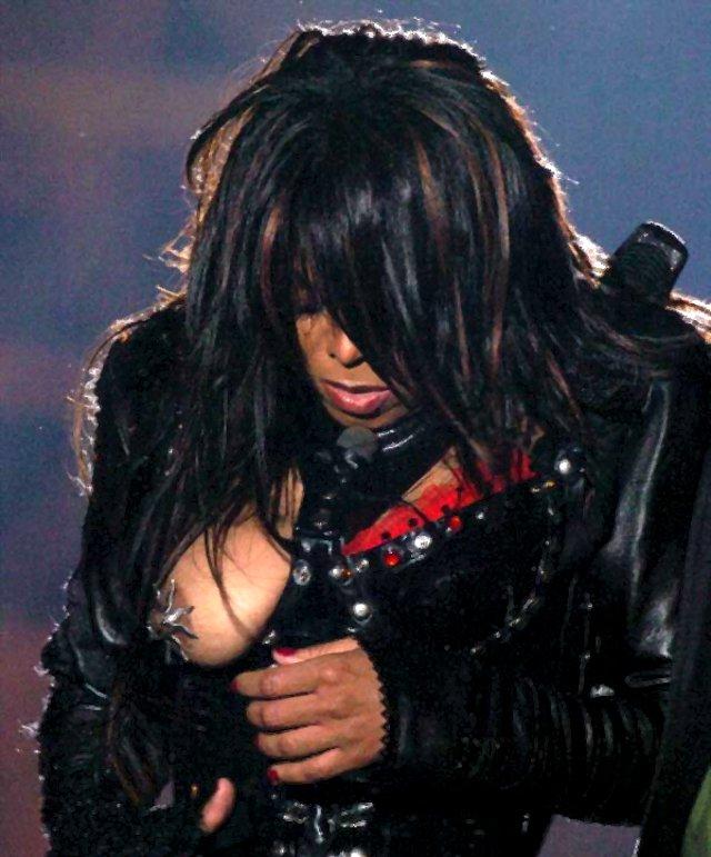 Janet Jackson Pussy Slip