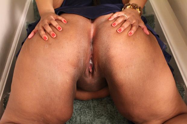 Ebony Threesome Wet Pussy