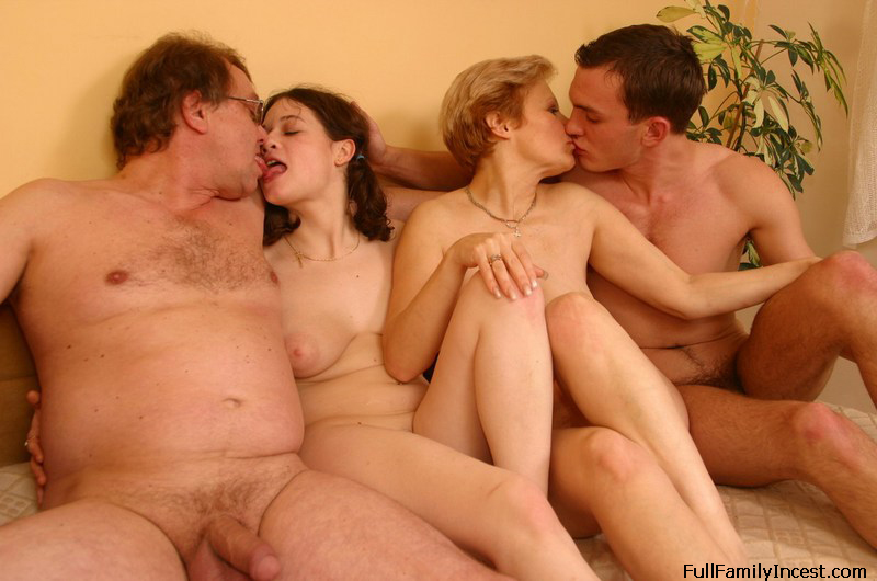 Дочка секс семья мир