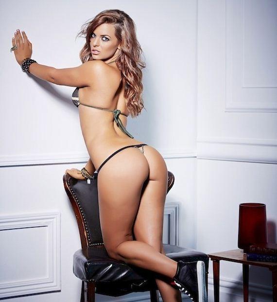 Chloe Lewis  nackt