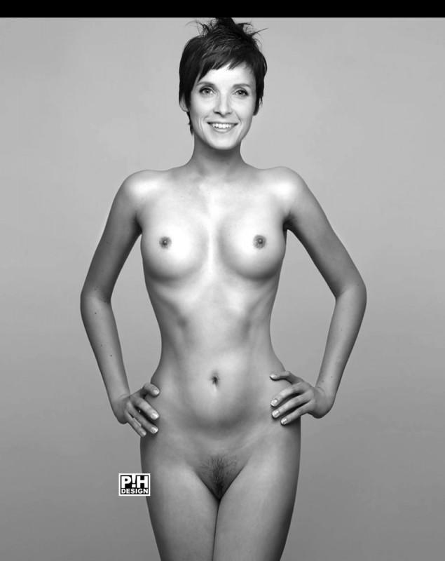 Nackt  Isabella Gomez DashDividers_1_500x100