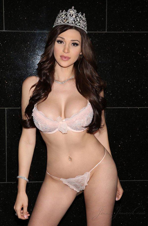 Jenovich nude jenna Jenna Jenovich